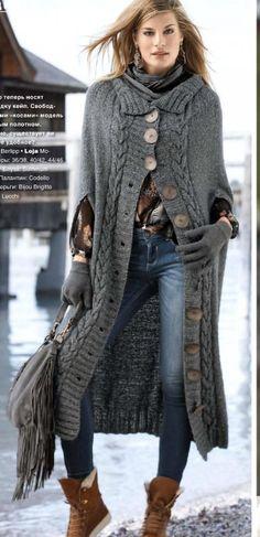 Вязаное пальто-кейп спицами