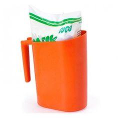 E, antes de tomar seu Nescau (ou Toddy), tinha que pegar um desses na geladeira. | 36 objetos que toda casa brasileira já teve