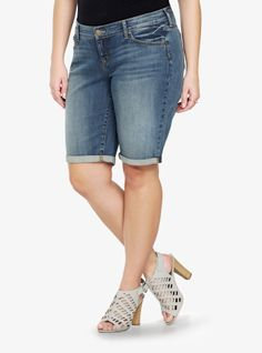 Our new White Label denim is casual American style - designed and fit just for you. It's authentic, lived-in fashion that's fun and sexy. Wear what you love.Our boyfriend Bermuda shorts are eased through the hip and thigh with a cuffed hem. The medium washed denim has an authentic, classic feel.