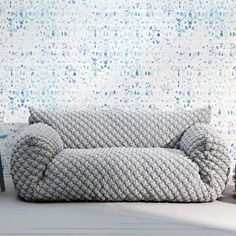 The Nuvola 10 Sofa was designed by Paola Navone for Italian furniture specialist Gervasoni. This innovative and adventurous design house and manufacturer has be Deco Bobo Chic, Sofa Design, Sofa Furniture, Furniture Design, Furniture Online, Furniture Outlet, Furniture Ideas, Sofa Lounge, Paola Navone