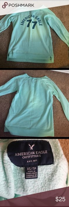 American eagle sweatshirt Only has been worn a few times, nothing is wrong just doesn't fit, bought at outlet, size xs, smoke fee home American Eagle Outfitters Tops Sweatshirts & Hoodies