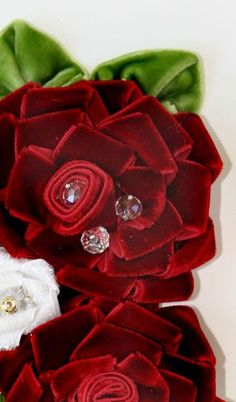 Ribbon Embroidery Kit Europe Flowers in Vase DIY Wall Decor Needle Work Painting Embroidery Fabric, Size Blue - Embroidery Design Guide Ribbon Art, Fabric Ribbon, Velvet Ribbon, Ribbon Rose, Red Velvet, Handmade Flowers, Diy Flowers, Fabric Flowers, Paper Flowers