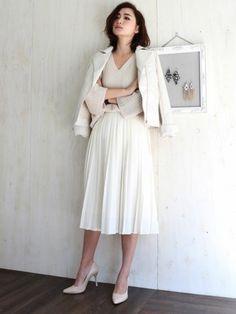 大人きれいなオールホワイトコーデ♡ 人気のおすすめライダースジャケット一覧。レディースファッションまとめ。