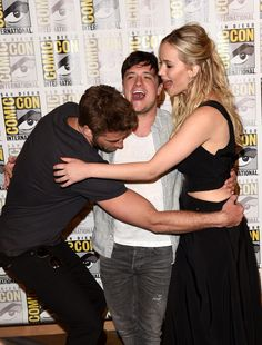 Jennifer Lawrence and Liam Hemsworth at Comic-Con 2015 | POPSUGAR Celebrity