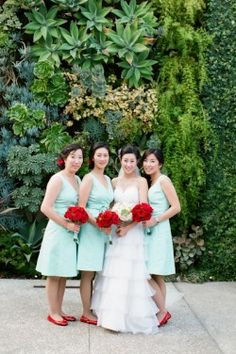 turquoise-and-red-wedding. I would do coral instead of turquoise though with black sparkly or peach toms:))