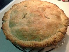 Apple pie with vodka crust (ATK)