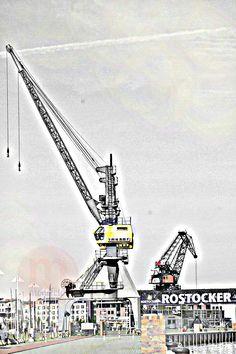 Rostock - die markanten Kräne von Rostock!