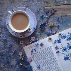 Rus Sanatçı Marina Malinovaya'dan Fincan ve Çiçeklerle Yapılmış 20 Muazzam Çalışma Sanatlı Bi Blog 20
