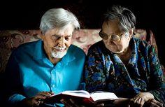 Вера в Бога улучшает психическое самочувствие человека по мере старения. Психологи выяснили, что молитва способна дать мощный приток радости, оздоравливающий организм, сообщает 316NEWS со ссылкой на cnl.news. Психологи из Университета Техаса доказали, что молитва может влиять на психическое самочув