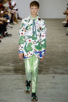 Walter Van Beirendonck ss17 ... insane but pretty into the pattern and shoes