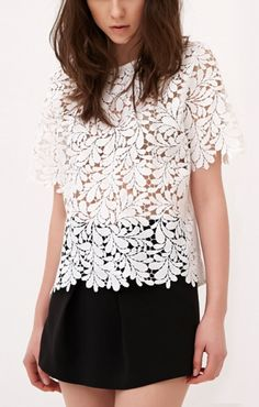 <3  White Hollow-out Short Sleeves Lace Casaul T-shirt
