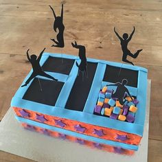 Trampoline Cake kit. Birthday Cake kit,open, bake & decorate. Includes everything you need: cake/icing mix, fondant, disposable bake tray, trampoline party