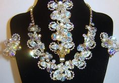Confirmed Vintage Juliana D&E Fx Pearl Rhinestone Crystal Necklace Bracelet Earring Set BOOK www.rubylane.com/... via @rubylanecom