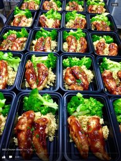 Barbque chicken, rice & broccoli never looked better. Meal preps