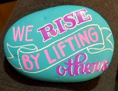 Rock Rock Crafts, Crafts To Sell, Arts And Crafts, Hand Painted Rocks, Painted Stones, Inspirational Rocks, Rock Painting Designs, Kindness Rocks, Indoor Activities
