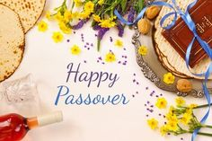 Happy Passover Images, Passover Haggadah, Passover Holiday, Book Of Exodus, Jewish Festivals, Traditional Books, Get Happy, How To Make Bread, Birthday Cake