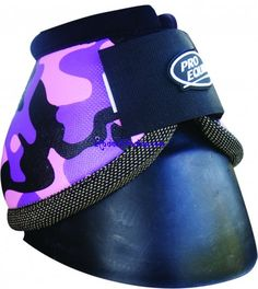 Hot Pink Camo Bell Boots- deffinantly getting these for my horse!!