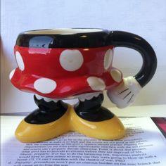 Minnie Mouse mug....please!!