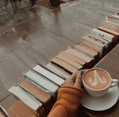 Books, Hot Coffee and a lovely rainy day on We Heart It - Book and Coffee Book And Coffee, Rain And Coffee, Coffee Break, Coffee Time, Coffee Corner, Coffee Shop Aesthetic, Book Aesthetic, Aesthetic Pictures, Quotes Literature