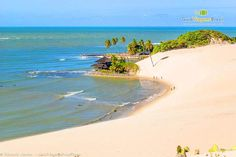 Nos arredores de Natal, a Praia de Genipabu é destaque entre as praias do litoral Norte potiguar. As dunas são os atrativos principais e o passeio de bugue uma tradição!  Confira o Guia Completo da cidade: http://www.guiaviagensbrasil.com/blog/guia-completo-de-natal-rn/