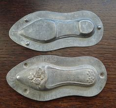ANTIQUE ANTON REICHE CHOCOLATE TIN CANDY BAKE MOLD LADY VICTORIAN SLIPPER SHOE | eBay Chocolate Candy Molds, Chocolate Ice Cream, Art Nouveau, Art Deco, Old Candy, Butter Molds, Jello Molds, Vintage Candy, Antique Lamps
