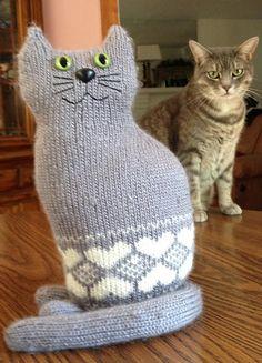 Ravelry: The Window Cat pattern by Sara Elizabeth Kellner