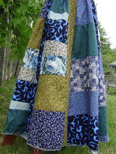 Blue Flame Patchwork Skirt by Patchwork Underground, via Flickr . Tienda patchwork online