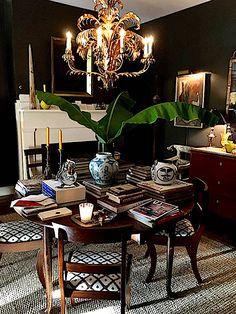 Antiques dealer John Pope apartment in Charleston