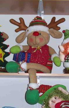 Reno sentado navidad                                                                                                                                                      Más Easy Christmas Ornaments, Christmas Crafts For Toddlers, Easy Christmas Decorations, Simple Christmas, Christmas Diy, 242, Christmas Sewing, Ornament Crafts, Reno