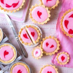 Yummy Snacks, Yummy Food, Finnish Recipes, Brownies, Baileys, Be My Valentine, Sweet Recipes, Sweet Tooth, Bakery