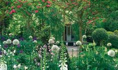 It has great bone structure, framing blowsy drifts of heavenly summer blooms. Welcome to the modern cottage garden, says Lia Leendertz