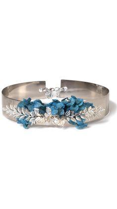 alquilar cinturón joya con flores preservadas y de metal