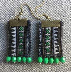 Boucles d'oreilles textiles broderies vintage Hmong