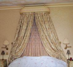 Tapissier décorateur luxe paris, réalisations dais de lit louis xvi, tissu…