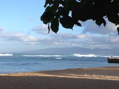 The South Shore Swells this week seen from the Hau Tree Lanai Restaurant.