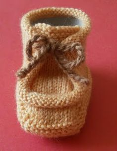 66 Ideas For Crochet Shoes Women Knitting Knitting For Kids, Crochet For Kids, Baby Knitting, Free Crochet, Knit Crochet, Crochet Baby Jacket, Crochet Baby Shoes, Knitted Booties, Baby Booties