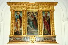 La pala d'altare del '500 nella Collegiata di Conca della Campania .La pala di Orazio Rossi Il trittico, sec. XVI( La Chiesa di San Pietro Apostolo Conca della Campania).