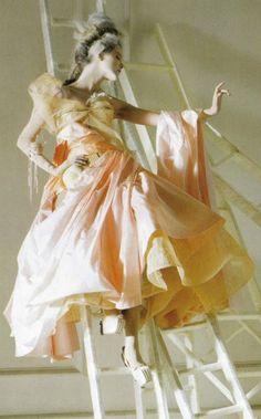 ♥ ⋱‿ ❤AnE LeeLA** John Galliano for The House of Dior,   Autumn/Winter 2005, Haute Couture