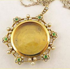 Antique Victorian Locket Pendant Necklace on Chain 15ct Gold Peridot Pearl(#5550)