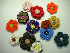 Ravelry: Pretty Petals Flower pattern by Suzanne Hirth