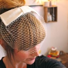 How to ideas - but with flowers and a clip (or headband)  A birdcage veil inspired by Audrey Hepburn! Great tutorial.