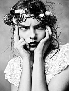 Photographer: Txema Yeste Model: Nimue Smit Fashion Editor: Tim Lim Magazine: Numéro Date: April, 2012