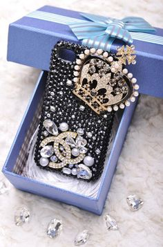 chanel iPhone case. ❤♔Life, likes and style of Creole-Belle ♥
