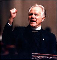 Earl Paulk loved women too much. He founded Cathedral at Chapel Hill, one of first American megachurches. Some of the highlights of his 40 years of scandals – sexually manipulating his autobiography ghostwriter (a woman), molesting a 7 year old girl, having a lengthy affair with the first girl born into his church AND her brother, being a father of his own nephew…