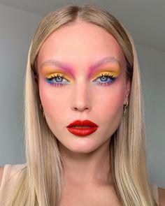 30 Summer Makeup Looks: Colorful & Glowy Makeup Ideas - Make-up - Makeup Eye Looks, Creative Makeup Looks, Eye Makeup Art, Glowy Makeup, Crazy Makeup, Pretty Makeup, Eyeshadow Makeup, Fairy Makeup, Mermaid Makeup