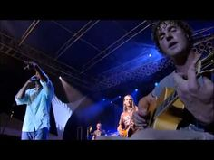 "Hootie & The Blowfish - ""I Hope That I Don't Fall In Love With You"" Live in Charleston 2005 - YouTube"