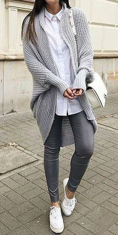 #winter #fashion /  Grey Cardigan + Dark Skinny Jeans