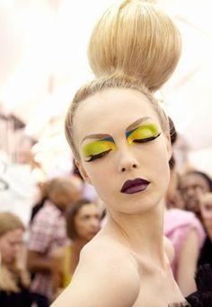 © Thibaut de Saint Chamas - Maquillage défilé : maquillage pop - Maquillage backstage