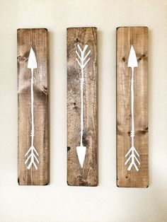 DIY Arrow Signs