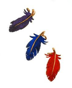 Feather pin or pendant gold 18k  Pigments-FANOURAKIS
